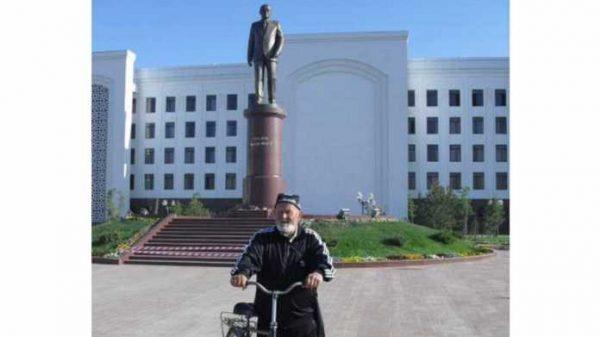 70 yoshli Muhammad bobo velosipedda butun O'zbekistonni zabt etdi (foto)