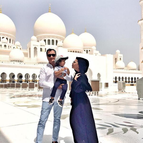 Shayx Zayd masjidini ziyorat qilgan mashhurlar