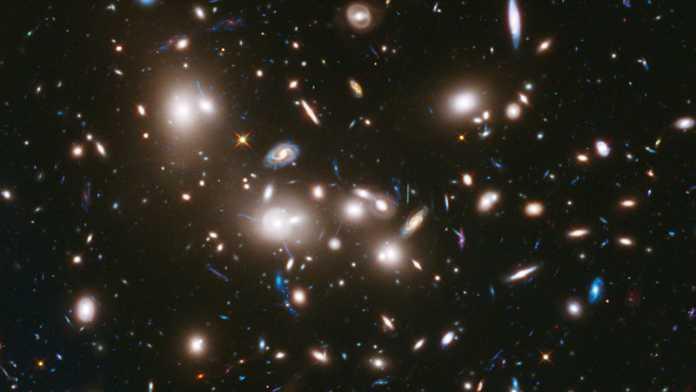 Galaktikamizga Andromeda tumanligi yaqinlashmoqda. To'qnashuv yuz bersa, sayyoramizning holi ne kechadi?