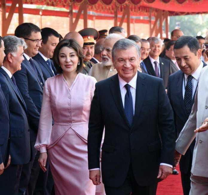 Sharq birinchi xonimlarining kiyinish uslubi: Ziroat Mirziyoyeva Jaklin Kennediga o'xshaydimi?