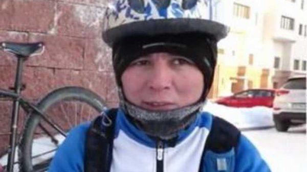 -30 darajali sovuqda ishga velosipedda qatnayotgan yigit