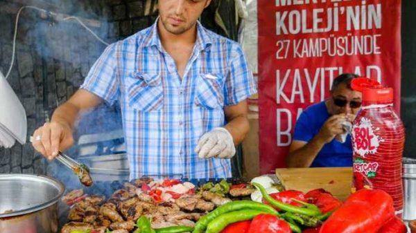 Ko'chada sotiladigan 11 ta turkcha yeguliklar (foto)