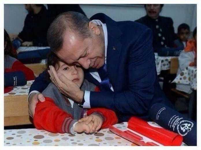 Turkiya Prezidenti Erdog'anning tantiligi 1