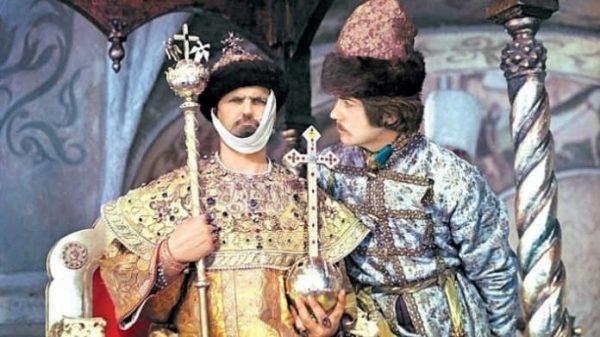 Dialoglari tildan tilga ko'chib, yod bo'lib ketgan «Ivan Vasilyevich kasbini o'zgartiradi» filmi haqida 20 ta qiziqarli fakt