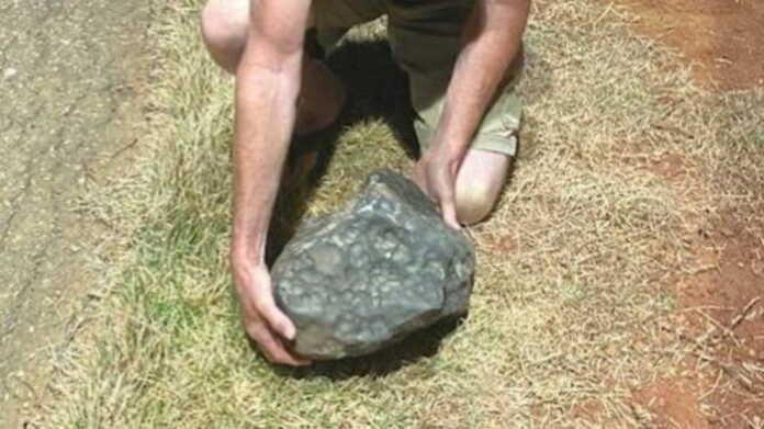 Osmondan tushgan xazina! Braziliyada meteoritlar yomg'iri mahalliy aholini boy qilib yubordi