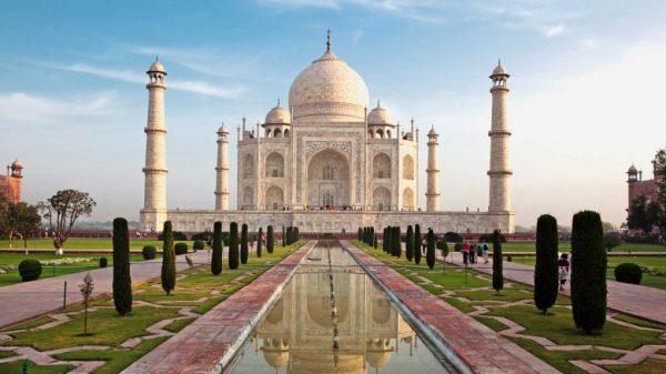 Toj Mahal - sirli sevgi timsoli
