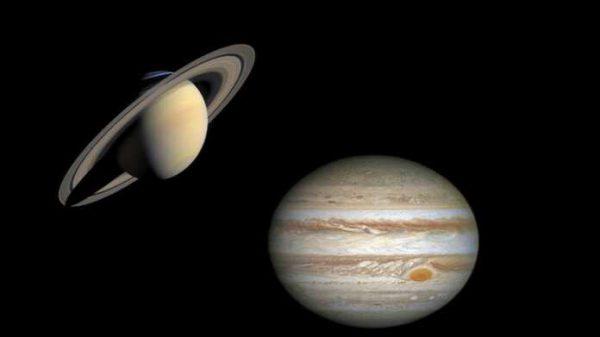 Bugun noyob samoviy hodisaning guvohi bo'lasiz! Yupiter va Saturn «uchrashadi»