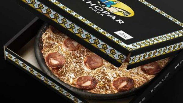 Chopar Pizza «oltin pissa»larni sotuvga chiqardi. Mablag'lar saratonga chalingan bolalarni davolashga sarflanadi