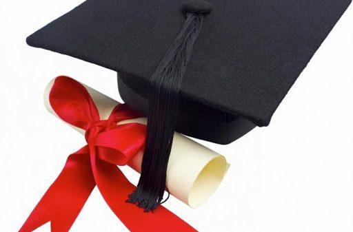 62 yoshli amerikalik qamoqxonada o'tirib magistr diplomiga ega bo'ldi