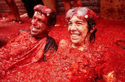 Pomidor uloqtirish festivali