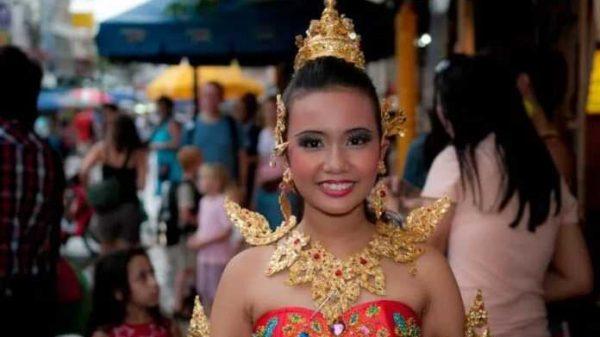 Tailandda odamlar boshiga qo'l tekkizish mumkin emas!