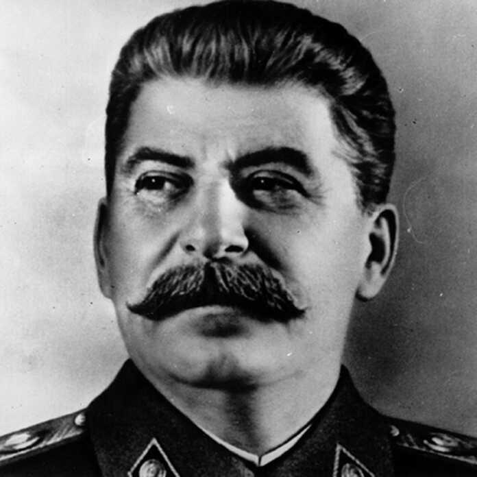 I.V.Stalin o'z o'g'lining o'qituvchisiga yozgan javob xati (+foto)