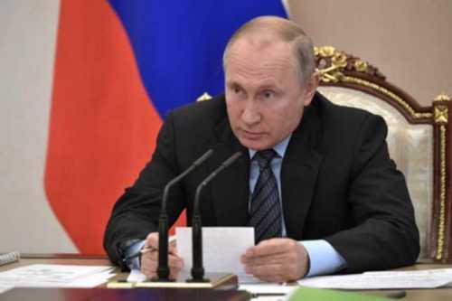 Putin Ikkinchi jahon urushi haqida maqola yozdi